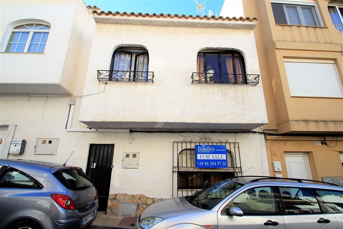 Winkeltje te koop in het centrum van Moraira