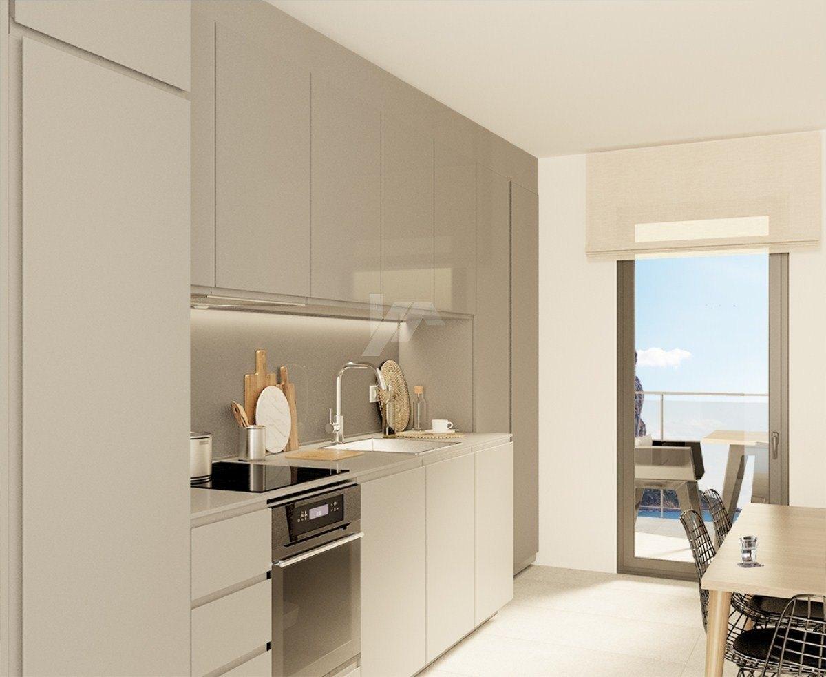 Zeezicht appartement te koop in Calpe, Costa Blanca.