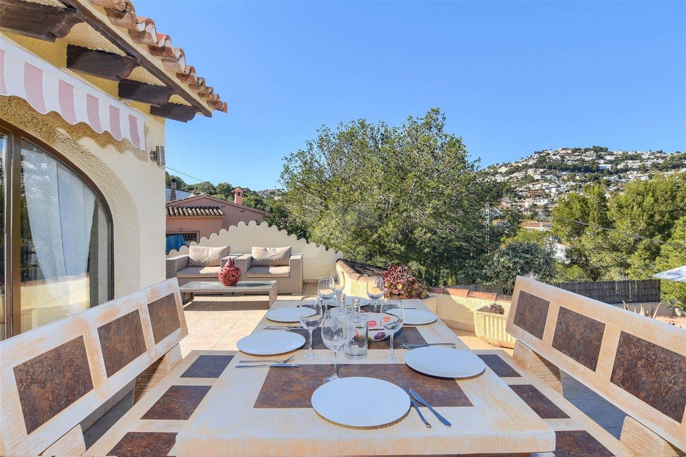 Villa te koop in Moraira, dichtbij het dorp, Costa Blanca.